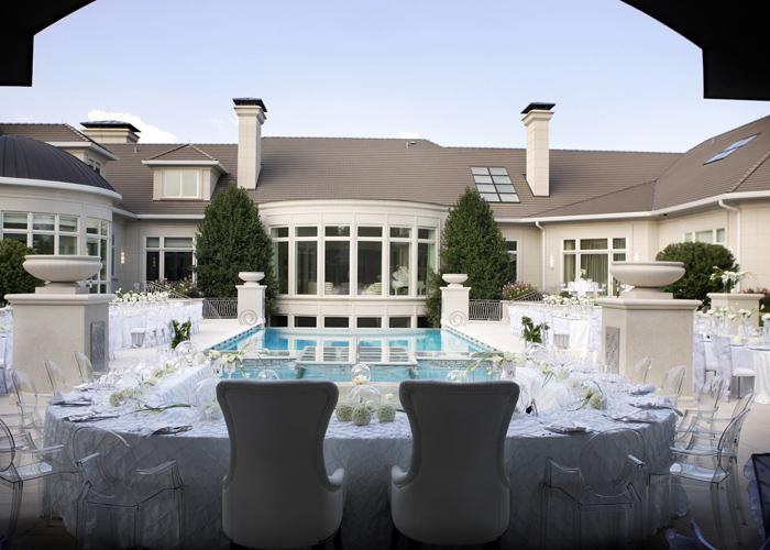 A-most-elegant-outdoor-wedding